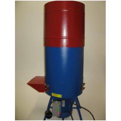 230V 2,2 kW šiaudų ir šieno smulkintuvas FERMER KR-02 (150 kg/val.) 2
