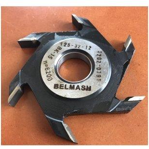 Diskinė griovelių freza BELMASH D125x32x12 (išorinis diametras 125 mm, vidinis standartinis 32 mm, su kietmetalio galiukais)